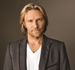 Eric Whitacre (Credit Marc Royce)